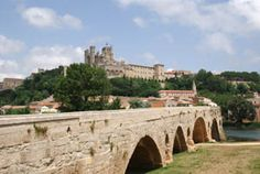 Chteau de Béziers - Site du château médiéval Démoli en France