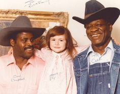 """Stubb and Earl Campbell, Stubb's """"Blue Plate"""" specials gained quite a following. Famous and soon-to-be-famous musicians like Joe Ely and Tom T. Hall came by to """"sing for their supper."""" as Stubb said, """"Ladies and gentlemen, I'm a cook.""""...."""