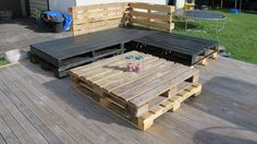 Wood Pallet Deck Furniture (Sofa and Table) | 99 Pallets