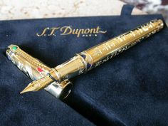 ST Dupont Collectable Lighters, Pens and Humidors St Dupont, Pencil Painting, Penmanship, Writing Instruments, Fountain Pens, Wooden Pens, Penne, Story Ideas, Pastels