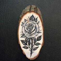 Wood slice with original drawing of a traditional door Inkspirednl