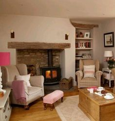 Cosy Cottage Living Room Ideas by Vincent Ford ideas cosy family rooms C. Cosy Cottage Living Room Ideas by Vincent Ford ideas cosy family rooms C. Cosy Cottage Living Room, Home Living Room, Living Room Designs, Cozy Cottage, Country Living Rooms, Woodland Living Room, Living Room Inspiration, Home Fashion, Ideal Home