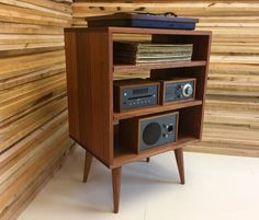 Micro mid century modern record player console turntable Modern Record Player, Record Player Console, Record Cabinet, Diy Vinyl Storage, Turntable, Layout Design, Mid-century Modern, Family Room, Bookcase