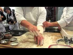 video tutorial ~ making pizza dough with Gabriele Bonci owner of Tricolore in Rome, IT It's the real deal. Good-bye Papa John's, etc.