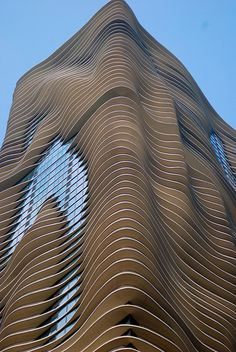 Aqua Tower, Chicago, Jeanne Gang/Studio Gang Architects. Photo by Jeffrey C Johnson, via flickriver (and see http://www.flickr.com/photos/jefferycjohnson/5713576084/)