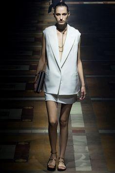 Sfilata Lanvin Parigi - Collezioni Primavera Estate 2015 - Vogue
