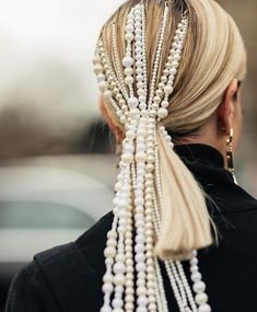 New Pearl Hair Accessories Ideas Trendy Haircut, Haircut Long, Looks Pinterest, Braut Make-up, Insta Look, Pearl Hair, Hair Accessories For Women, Fashion Accessories, Mode Inspiration