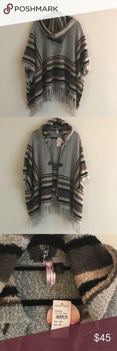 Foggy Grey Pancho Cozy Love by Design multi colored poncho xs/s nwt Sweaters Shrugs & Ponchos