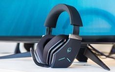 However, the truth is that if you want to choose a model that will give you excitement at the highest level, the ranking of gaming headsets is not enough. Best Gaming Headset, Gaming Headphones, Gaming Computer, In Ear Headphones, Sensitivity To Sound, Modern Games, Surround Sound Systems, Earmuffs, Speakers
