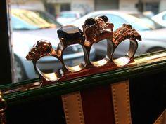 https://www.facebook.com/Lola.Roma.London Tutte le donne dovrebbero averne una!  Una vera follia londinese! Date un occhiata ai particolari!... #Londra #London #Roma #Rome #Lolalondonstyle #fashion #outfit #vestiti #caps #moda #donna #abbigliamento #vintage #shopping #guardaroba #borse #cappelli #streetstyle #pinup #pinupgirl