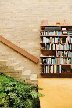 <p>Robin Boyd was the king of Modernism in architecture in Melbourne from the 1950's – 1970's. The revolutionary homes he designed for artists, designers, and ordinary families alike