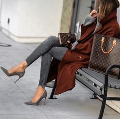 grey brown colors trendy ideas Winter Fashion Sasha Simón lolario, Winter Outfits,Winter is the coldest season beginning from December to February in the northern side of the equator and in the southern half of the globe from June t. Fashion Mode, Look Fashion, Fashion Outfits, Womens Fashion, Fashion Tips, Fashion Trends, Trending Fashion, Fashion Ideas, Fashion Styles