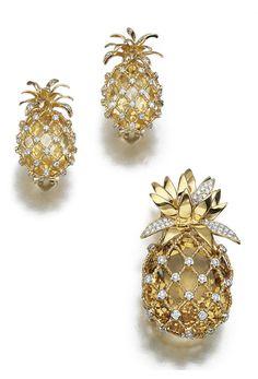 CITRINE AND DIAMOND DEMI-PARURE Jewelry Sets, Gold Jewelry, Fine Jewelry, Jewellery, Pineapple Art, Pineapple Express, Pineapple Earrings, Diamond Brooch, Royal Jewels