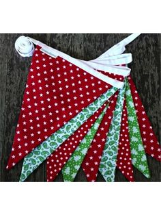 Christmas Bunting Make for Jenny Christmas Bunting, Christmas Gift Decorations, Christmas Sewing, Christmas Projects, Christmas Crafts, Christmas Ornaments, Felt Ornaments, Christmas Ideas, Christmas Makes