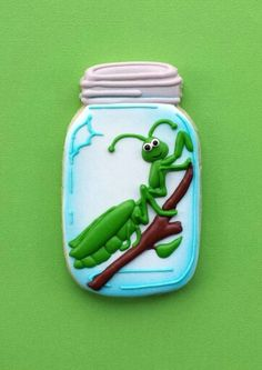 Cookiology: Praying mantis in a Ball jar!