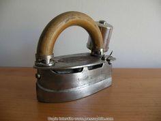 ancien fer à repasser à essence - Imperial 1909