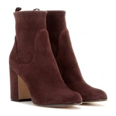Gianvito Rossi Suede Ankle Boots (56.395 RUB) ❤ liked on Polyvore featuring shoes, boots, ankle booties, booties, scarpe, ankle shoes, brown, suede ankle booties, suede ankle bootie and short suede boots