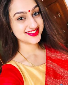 Image may contain: 1 person, selfie and closeup Beautiful Arab Women, Beautiful Wife, Beautiful Girl Indian, Nose Ring Designs, Face Expressions, Red Queen, India Beauty, Chains, Sarees