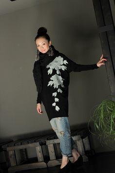 画像2: 牡丹ドルマンカットソー Kimono Fabric, Kimono Dress, Beautiful Outfits, Cool Outfits, Fashion Outfits, Oriental Fashion, Asian Fashion, Traditional Japanese Kimono, Japanese Style