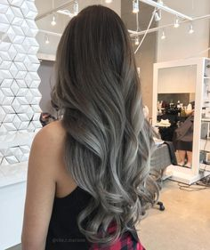 I like the milky gray hair color, come to a group of such long hair styles today! I hope you will like it! Ash Gray Hair Color, Grey Ombre Hair, White Blonde Hair, Cool Hair Color, Lavender Grey Hair, Balage Hair, Pinterest Hair, Silver Hair, Strawberry Blonde Hair