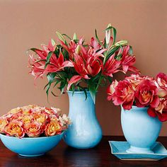 What makes me happy, beautiful flowers! 10 Flower Arranging Tips at the link.