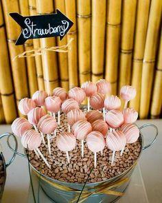Creative cake pops.