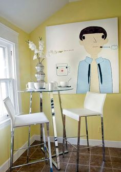 cute small dining room!