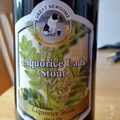 Liquorice (obviously) and roast malt flavours. - Drinking a Liquorice Lads Stout by Great Newsome Brewery