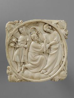A Lady Crowning her Lover (Mirror case) | V&A Search the Collections