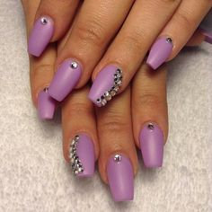 Matte lavender coffin nails with stone accent