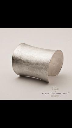 Un gran regalo para Navidad. #UnaVerdaderaJoya. Coleccion Luna. #MauricioSerrano #Mexico #2014 #Love #Fashion #Art #Gifts #Joyas #Jewelry #Plata #Silver #Happiness #Gifts #Xmas