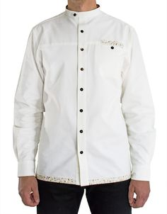 Natutal white button-up shirt. Thick cotton fabric, semi-fitted, coconut buttons.