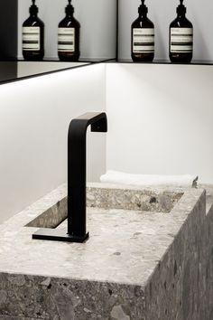cocoon-black-bathroom-taps-black-taps-inspiration-stainless-ste-bathroom - The world's most private search engine Black Bathroom Taps, Bronze Bathroom Accessories, Black Bathtub, Bathroom Faucets, Bathroom Marble, Bathroom Cabinets, Modern Bathroom, Sinks, Unisex Bathroom