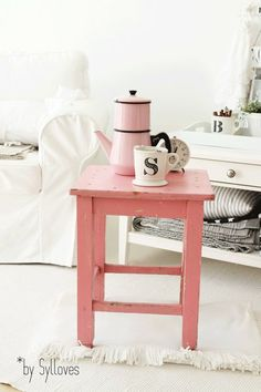 vintage pink stool (ikea has an unfinished pine stool that would work perfectly for this)