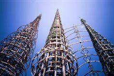 33年、異様な情熱で作り上げた30mの塔「ワッツ・タワー」