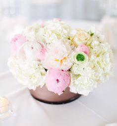#flowers #flowerarrangement #bouquet #expecting #babyshower #mom #party #decorations #design