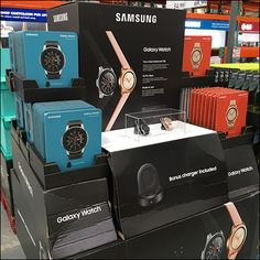 So as not to be confused with the smartphone of the same name, this Samsung Galaxy Wristwatch Pallet Display employs oversize images of the watch as well as Pallet Display, Store Fixtures, Wrist Watches, Smart Home, Pallets, Samsung Galaxy, Retail, Watches, Smart House