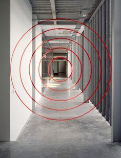 Felice Varini (art trompe l'oeil perspective anamorphose cercles)