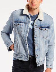 """LEVI'S® Cusack Type 3 Sherpa Denim Trucker Jacket. A warming sherpa fleece lining on he classic Levi's western trucker jacket"""" http://www.atomretro.com/24008 #levis #type3truckerjacket #truckerjacket #denimjacket #jacket #denim #atomretro #mensfashion #mensstyle"""