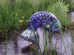mosaic+garden+sculptures | Make two unique sculptures, one sturdy for a lawn, a pond or from a ...