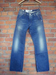 Kuyichi mens Sidd organic cotton jeans now only £38.99. International shipping available.