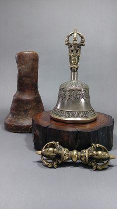 Kraft Age Tibetan Hand Bell Meditation /& Prayer Bells Dorje Vajra 4 Inch.