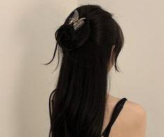 Pretty Hairstyles, Girl Hairstyles, Black Hair Aesthetic, Long Black Hair, Long Long Hair, Long Hair Girls, Dye My Hair, Shiny Hair, Hair Looks