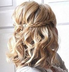 #Wedding hair braid with short curls... Budget wedding ideas for brides, grooms, parents & planners ... https://itunes.apple.com/us/app/the-gold-wedding-planner/id498112599?ls=1=8 … plus how to organise an entire wedding ♥ The Gold Wedding Planner iPhone App ♥
