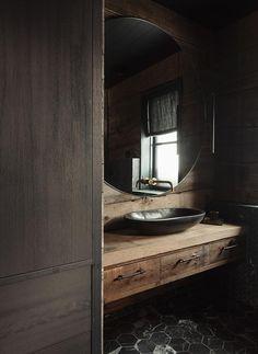 Hytte med anneks Norefjelltoppen | wood arkitektur+design Cabin Bathrooms, Chalet Design, Winter Cabin, Wood Interiors, Modern Rustic, Woods, Mirror, Home Decor, Cabin Fever