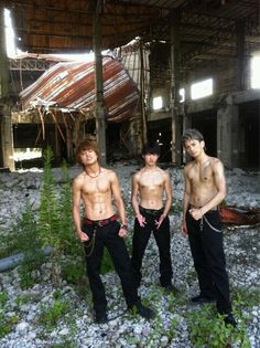 Abs Boys, 三代目j Soul Brothers, Funny Character, Japanese Boy, Summer Skin, Japanese Artists, Asian Men, Beautiful Boys, One Pic