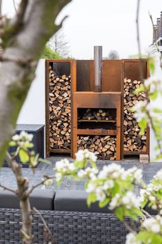 project Amstelveen the Netherlands- residence by Choc Studio Interior - outdoor fireplace. Photography by Denise Keus. Published in Stijlvol Wonen summer 2014