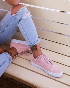 75c6e90ec7bc0e 27 Best shoeporn images