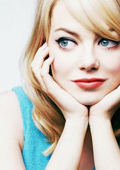Emma Stone, retro makeup for blondes