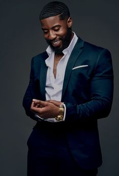 Likes, 29 Comments - Black Man Black Suit Men, Handsome Black Men, Black Man, Gorgeous Black Men, Beautiful Day, Designer Suits For Men, Stylish Mens Outfits, Casual Outfits, Fashion Outfits